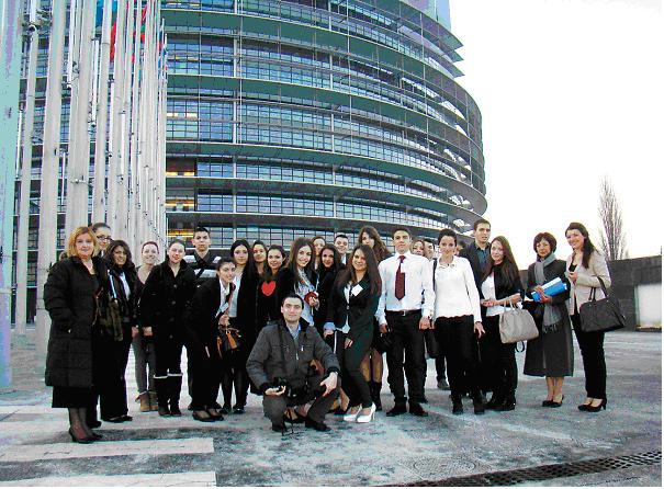 Училище прати депутати в ЕС
