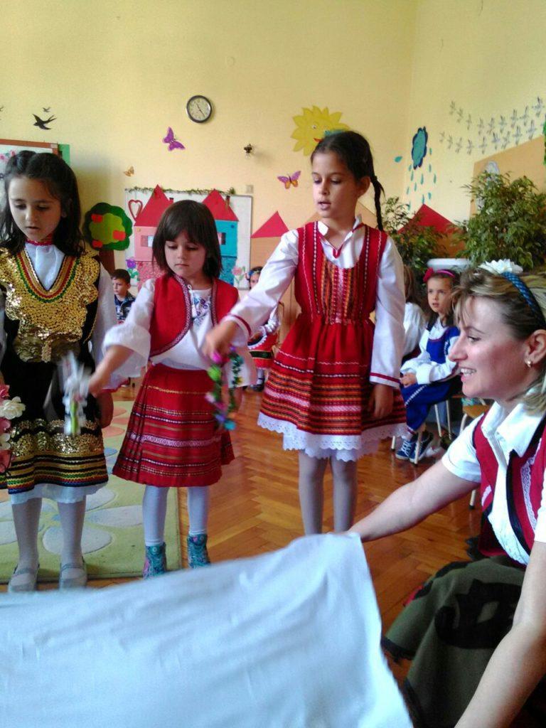 Децата от ПГ празнуват Лазаровден, Цветница и Великден