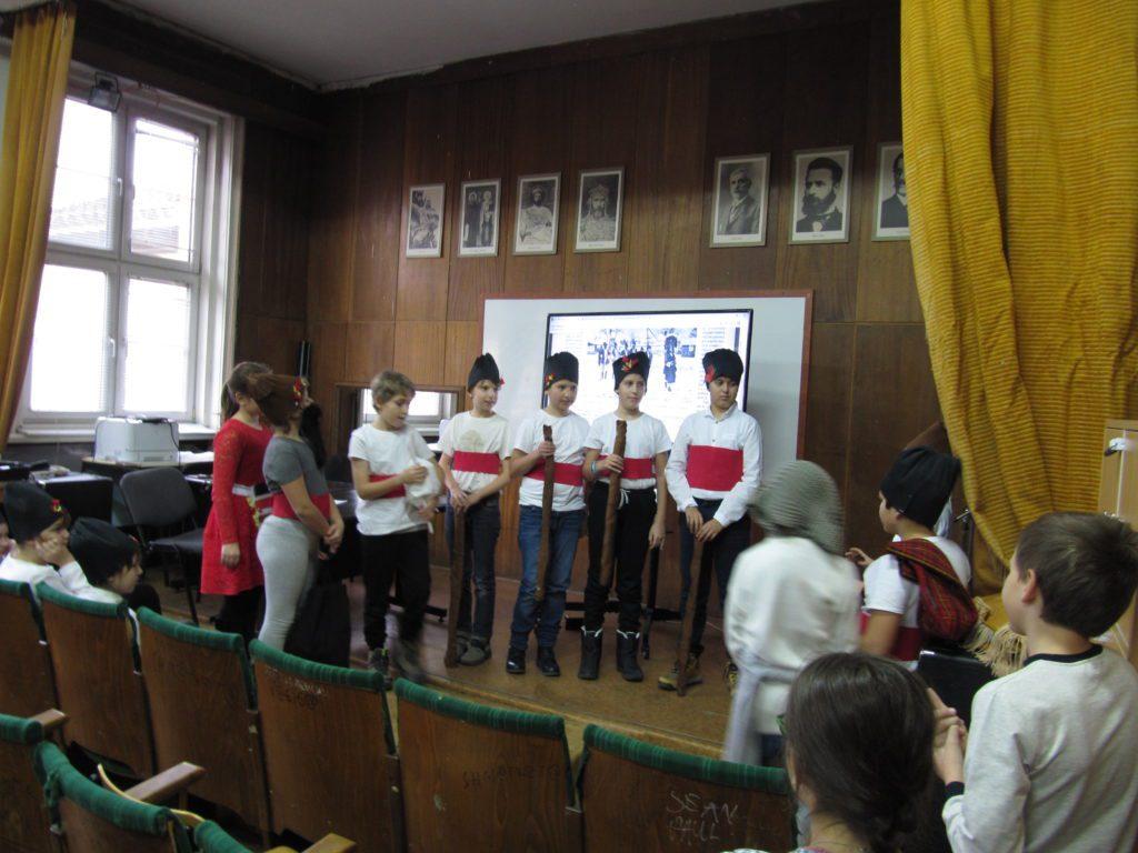 Възстановка на коледни празници в Софийско по статия на Христо Вакарелски
